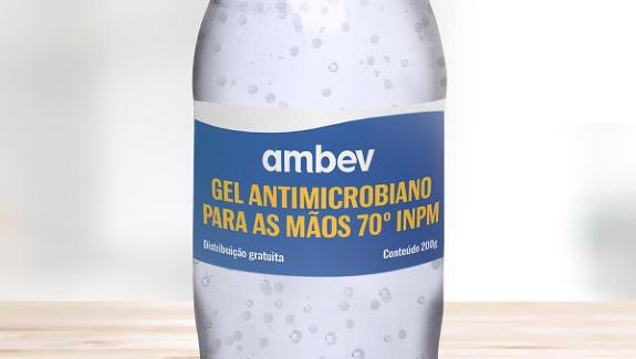 close de garrafa de álcool gel - propósito de marca e a crise do coronavírus